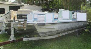 Used Lowe 257 Classic Commercial Boat For Sale