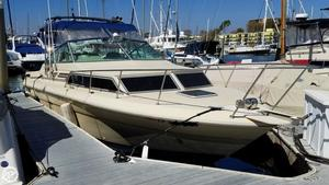 Used Sea Ray SRV270 Sundancer Express Cruiser Boat For Sale