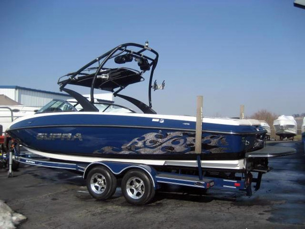 Used Supra 242 Launch Ski and Wakeboard Boat For Sale