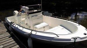 Used Sea Hunt Triton 186 Center Console Fishing Boat For Sale