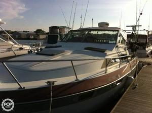 Used Cruisers Yachts Avanti Vee 296 Express Cruiser Boat For Sale