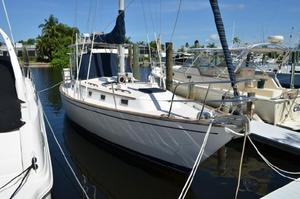 Used Pearson Cruiser Sailboat For Sale