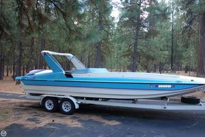 Used Canyon Bay SILHOUETTE 8.4 Deck Boat For Sale