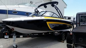 Used Tige R 20 Ski and Wakeboard Boat For Sale