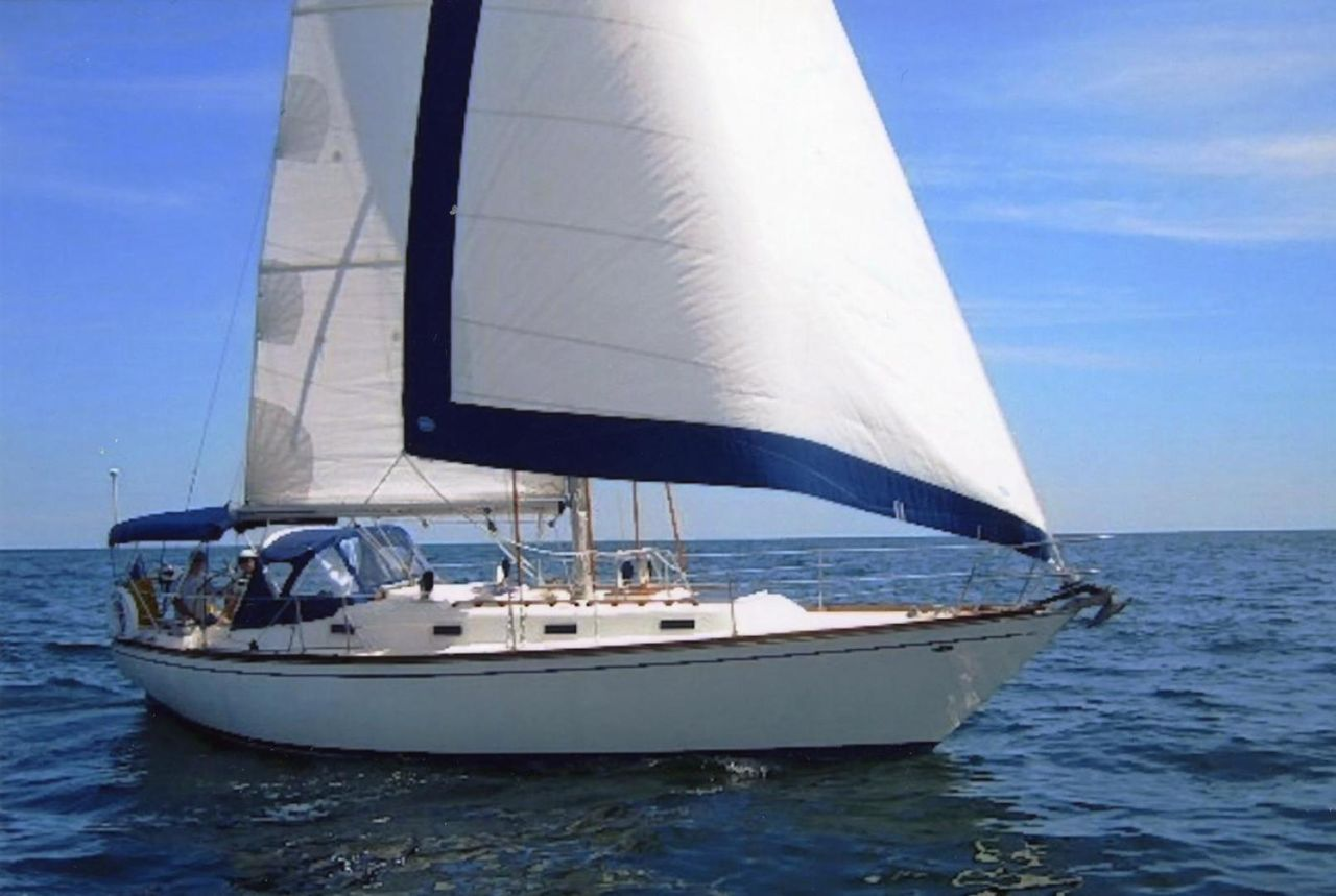 1979 Used Tartan 37 Cruiser Sailboat For Sale - $40,000 - Saint