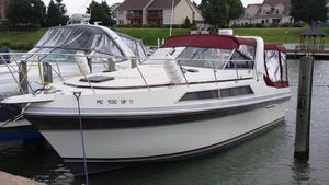 Used Carver Montego Cruiser Boat For Sale