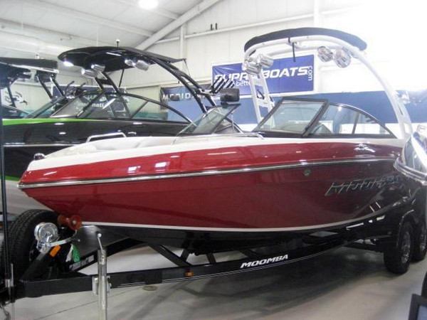 New Moomba LSV Ski and Wakeboard Boat For Sale