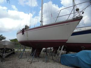 Used O'day 39 Sloop Sailboat For Sale