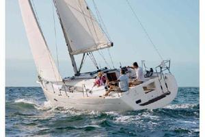 Used Beneteau 34 Cruiser Sailboat For Sale