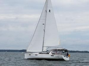 Used Beneteau 41 Cruiser Sailboat For Sale
