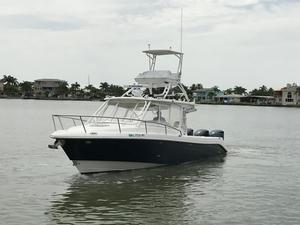 Used Everglades 350lx Center Console Fishing Boat For Sale