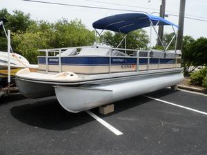 Used Harris-Kayot 22 Classic Pontoon Boat For Sale