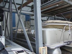 Used Tahoe 2500 LT Pontoon Boat For Sale