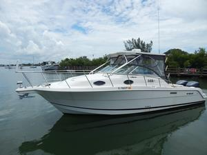 Used Wellcraft 29 Coastal Express Cruiser Boat For Sale