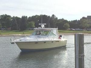 Used Tiara 3100 Limited Edition Open Express Cruiser Boat For Sale