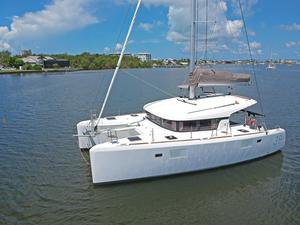 Used Lagoon 39 Cruiser Sailboat For Sale