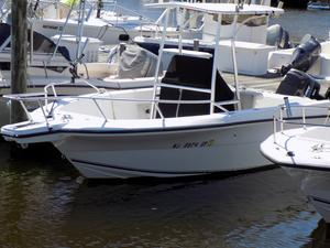 Used Angler 2100 Center Console Center Console Fishing Boat For Sale