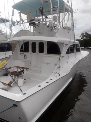 Used Custom Carolina ALEX Willis Sport Fish Sports Fishing Boat For Sale