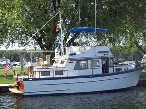 Used Lindmark 34 Gloucesterman Trawler Boat For Sale
