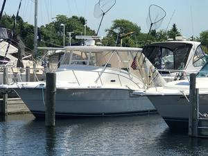 Used Pursuit 3000 Offshore Cruiser Boat For Sale