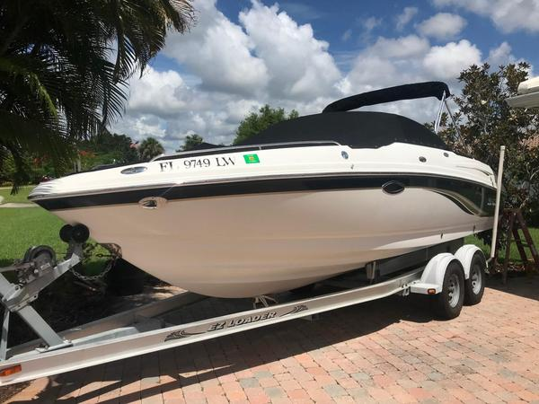 Used Chaparral 230 SSI Other Boat For Sale