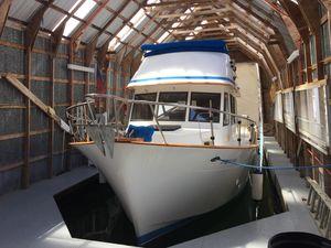 Used Chb Tri-cabin Trawler Cruiser Boat For Sale
