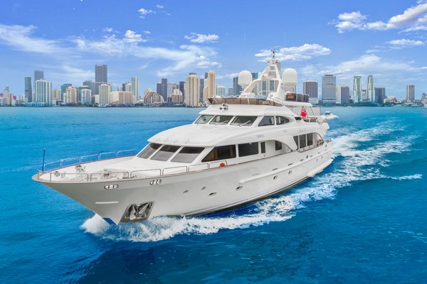 Used Benetti Tradition Series Motor Yacht For Sale