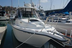Used Seaswirl Striper 2601 Walkaround O/B Cuddy Cabin Boat For Sale