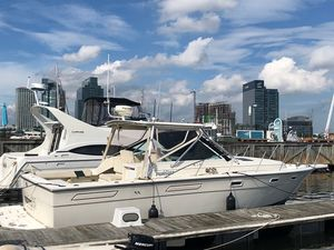 Used Pursuit 3100 Express Cruiser Boat For Sale