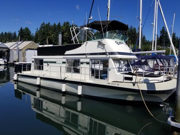 Used Corsair 40 House Boat For Sale