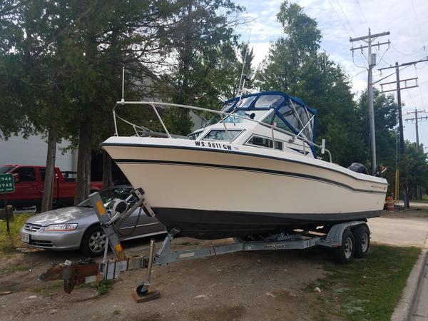 Used Grady-White 246 Cuddy Cabin Boat For Sale