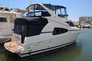 Used Silverton 330 Sport Bridge Cruiser Boat For Sale