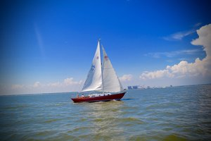 Used Rhodes Chesapeake Sloop Sailboat For Sale