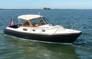 Used C.w. Hood Katama 30 Express Cruiser Boat For Sale