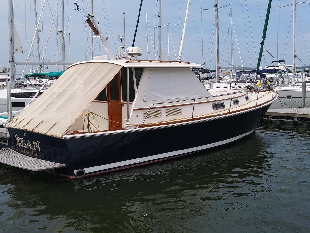 2004 Used Bruckmann Bluestar 36 6 Downeast Fishing Boat For Sale