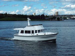 New Bracewell 41 Flybridge Sedan Trawler Motor Yacht For Sale