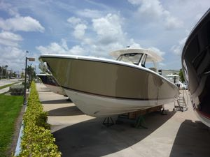 New Pursuit 368 Sport Center Console Fishing Boat For Sale