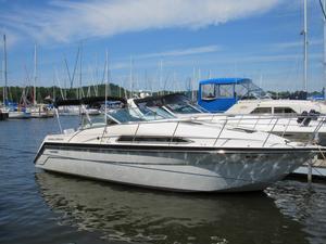 Used Thompson Santa CRUZ 3100 Express Cruiser Boat For Sale