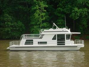 Used Gibson House Boat For Sale
