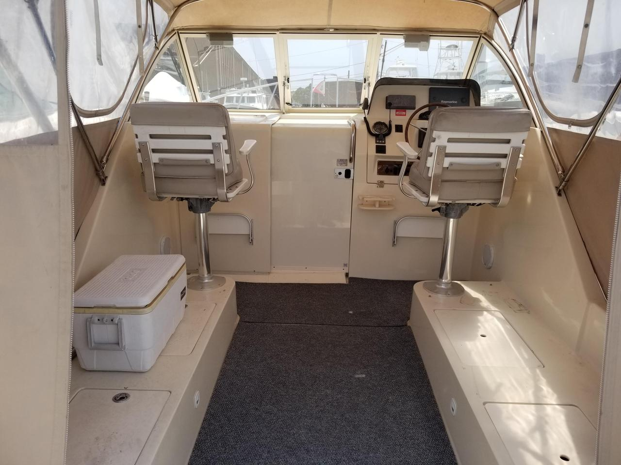 2005 Used Mainship 30 Pilot II Cruiser Boat For Sale - $62,900 - New