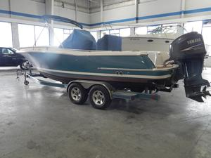 Used Chris-Craft Catalina Center Console Fishing Boat For Sale