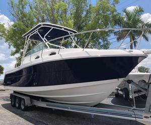 New Robalo 305 Walkaround Center Console Fishing Boat For Sale