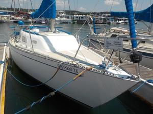 Used Ranger Yachts 29 Racer and Cruiser Sailboat For Sale
