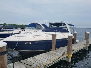 Used Rinker 320 Express Motor Yacht For Sale