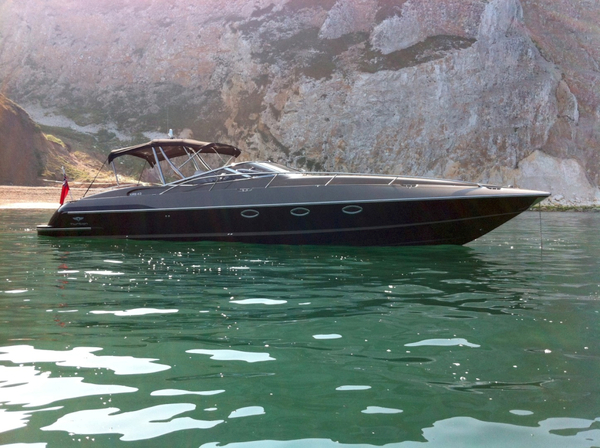 Used Hunton XRS 43 Motor Yacht For Sale
