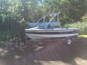 Used Correct Craft 20012001 Ski and Wakeboard Boat For Sale