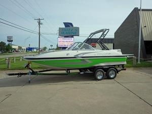 New Starcraft Star Step 220 I/OStar Step 220 I/O Deck Boat For Sale