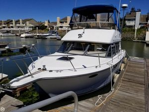 Used Carver 320 Voyager Sports Fishing Boat For Sale