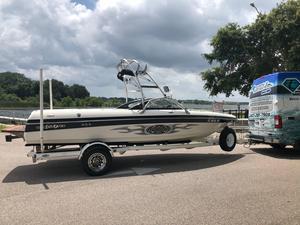 Used Malibu VLX WAKE SETTERVLX WAKE SETTER Ski and Wakeboard Boat For Sale