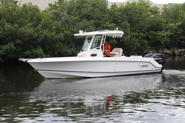 Used Boston Whaler 250 Outrage250 Outrage Center Console Fishing Boat For Sale